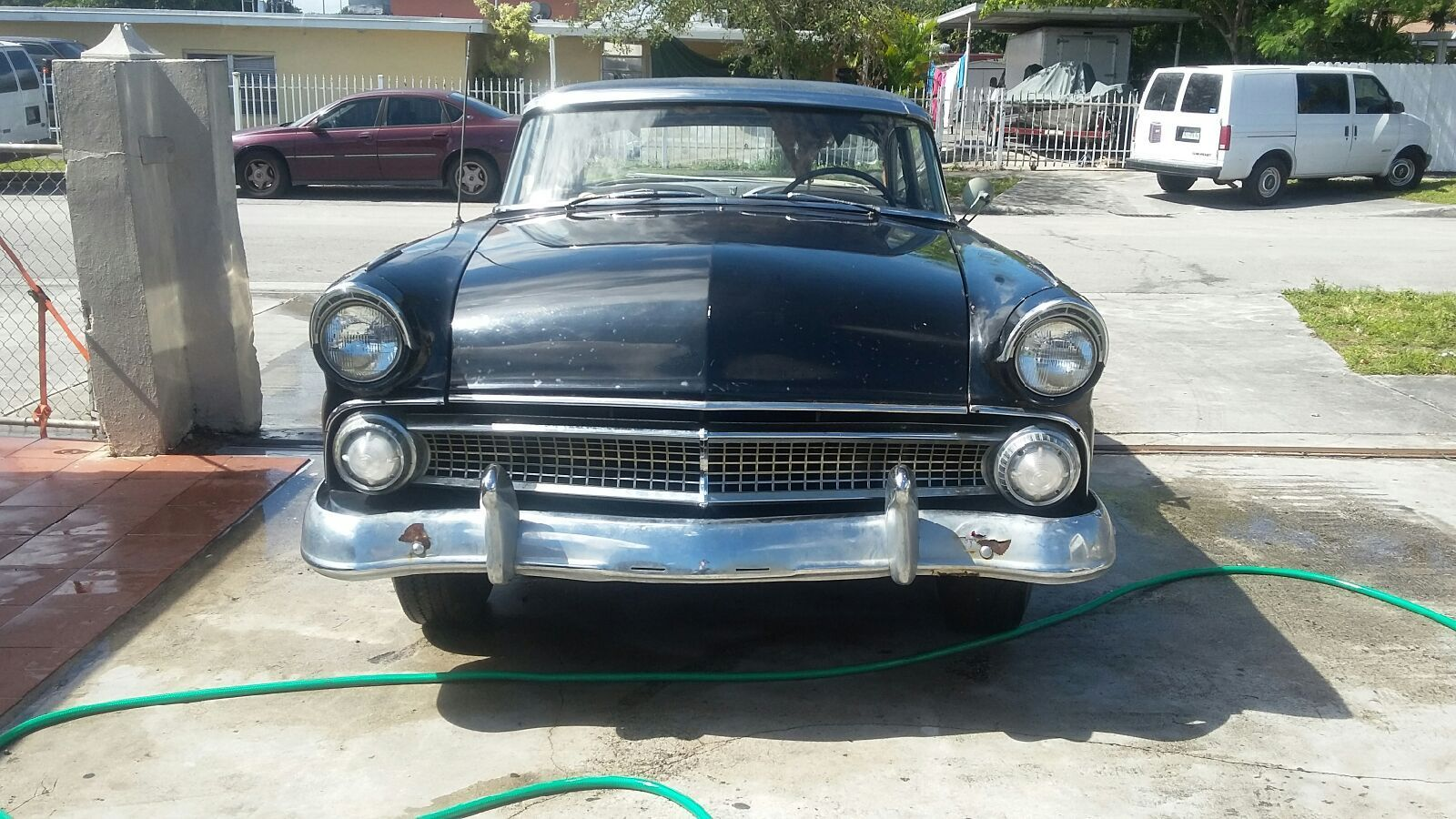 1955 ford crown victoria 2 doors with no post project car for sale. Black Bedroom Furniture Sets. Home Design Ideas
