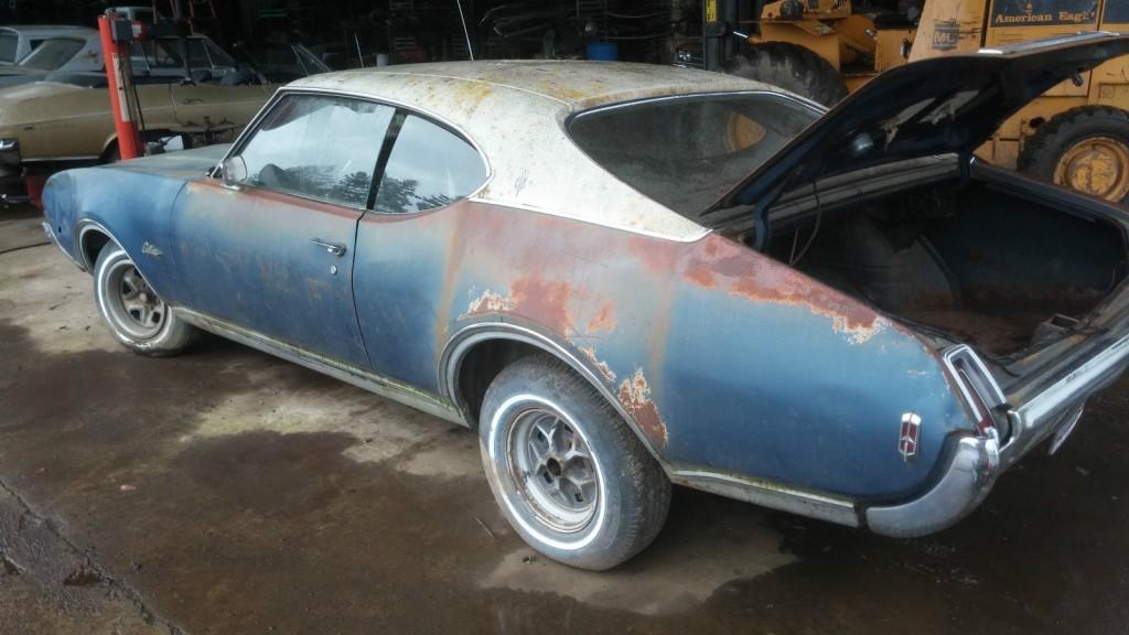 1969 Oldsmobile Cutlass 2 door Coupe project