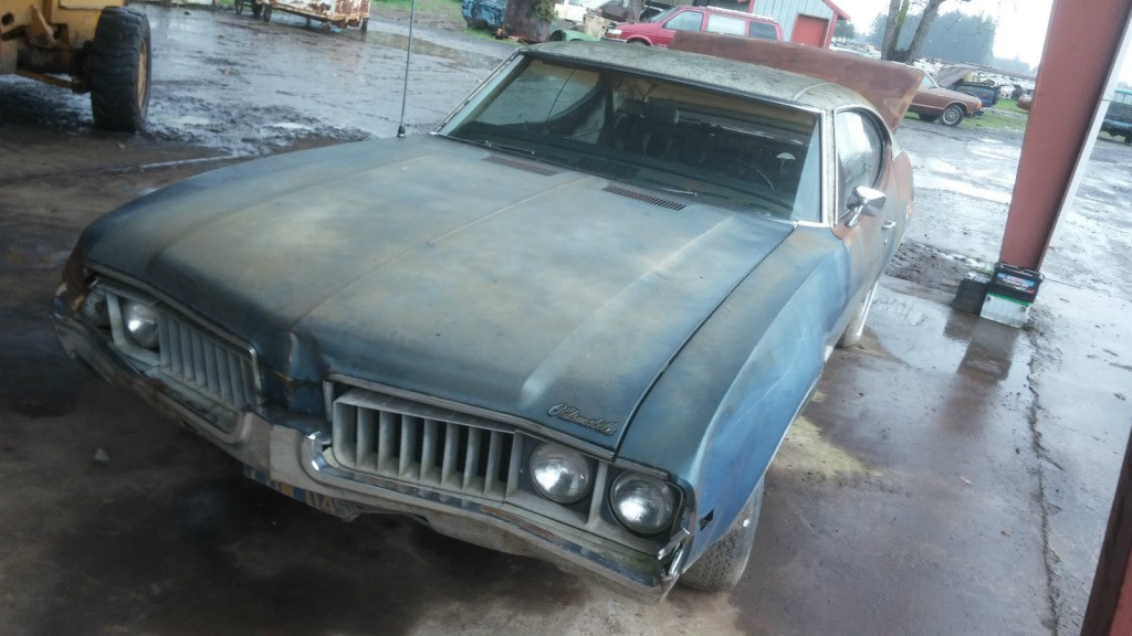 1969 Oldsmobile Cutlass 2 door Coupe project