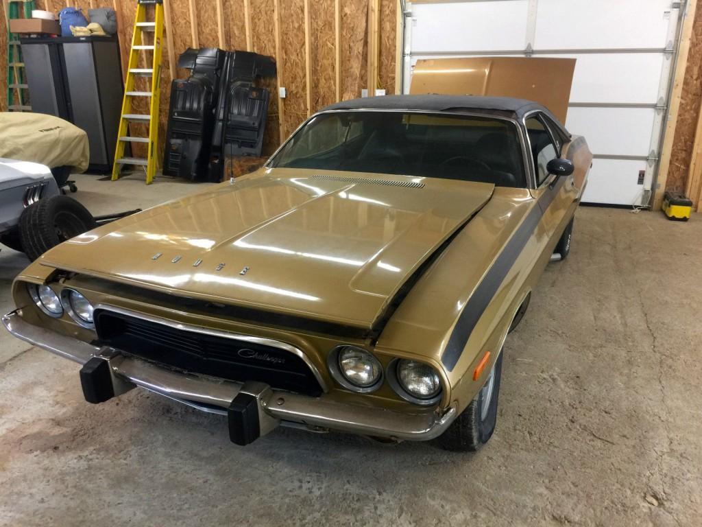 1972 Dodge Challenger 5.2L Solid Project Car
