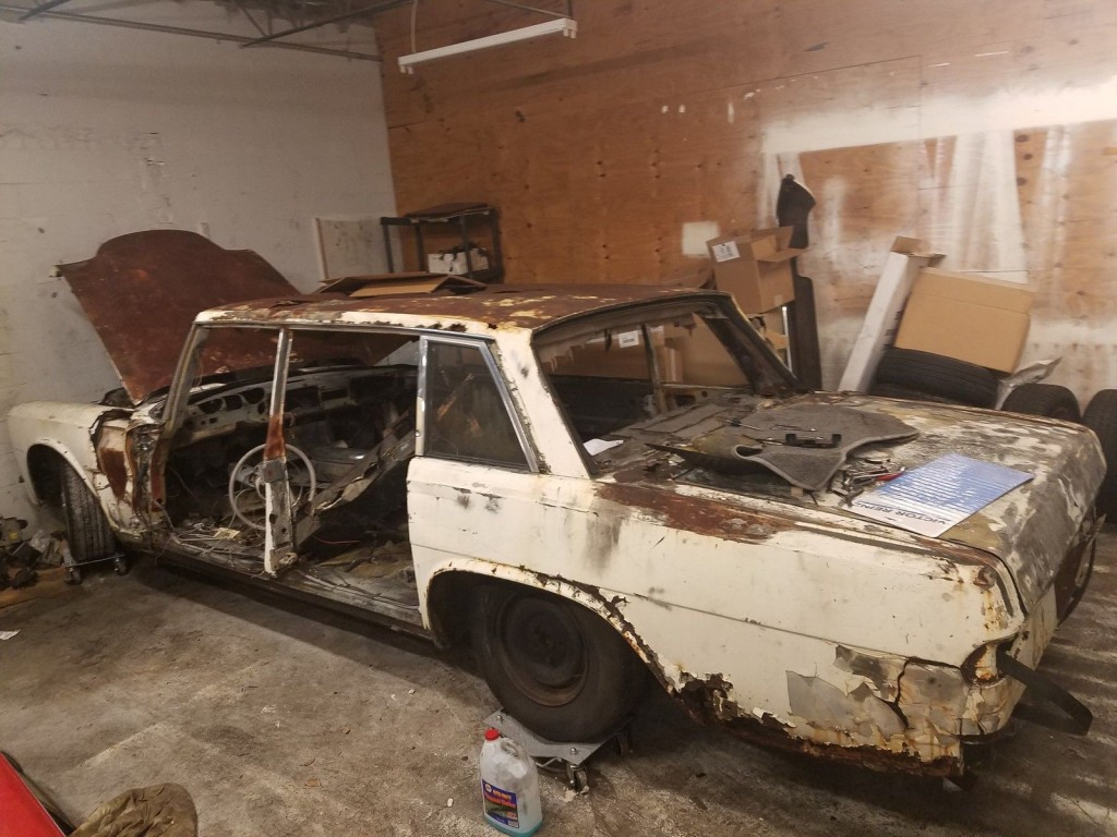 1967 Mercedes Benz 600 Series Parts or Restoration Project