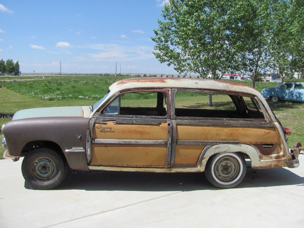 1951 ford meteor country squire custom deluxe 2 door woodie station wagon for sale. Black Bedroom Furniture Sets. Home Design Ideas