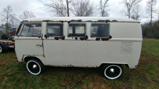 1965 Volkswagen Split Window Bus All Original – Restoration Project or Parts
