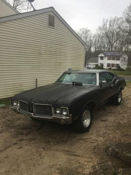 No engine and trans 1972 Oldsmobile Cutlass project for sale