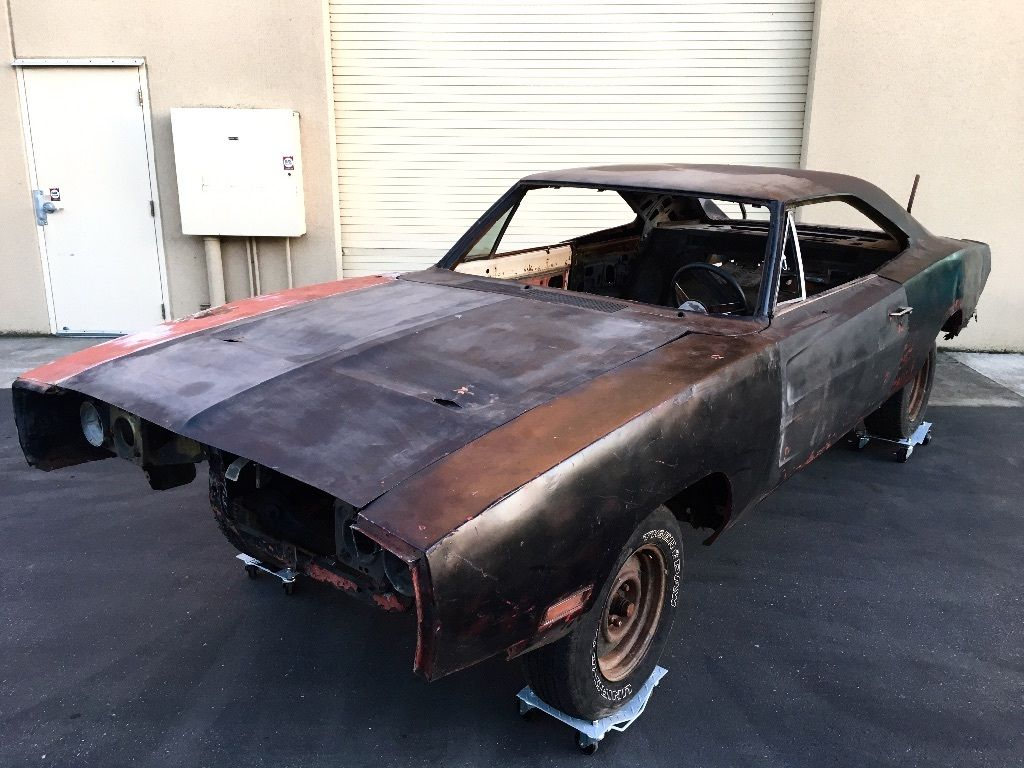 Needs Frame Off 1970 Dodge Charger Project Car For Sale