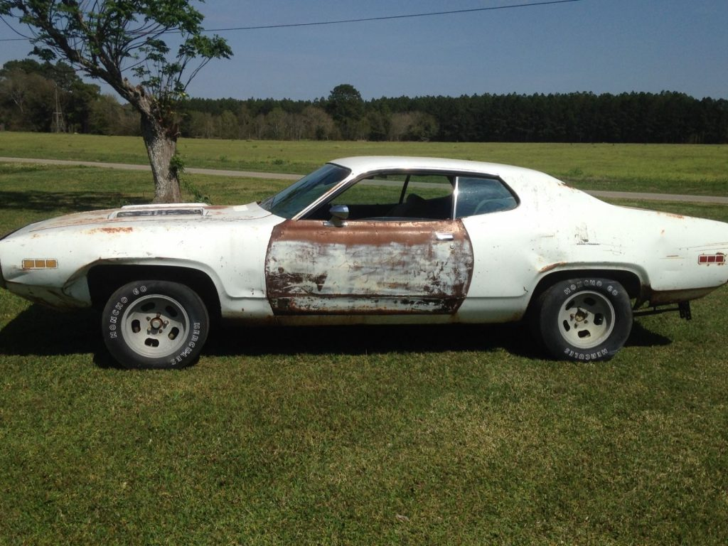 Solid MOPAR 1971 Plymouth Road Runner project car