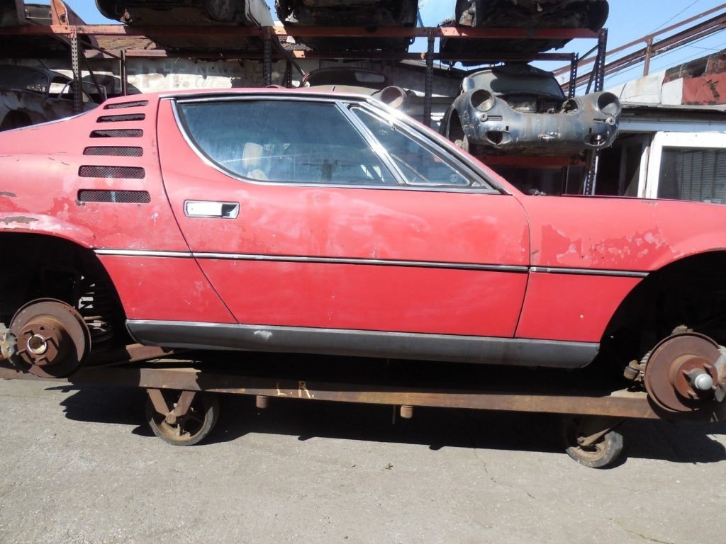 V8 injected 1974 Alfa Romeo Montreal project car