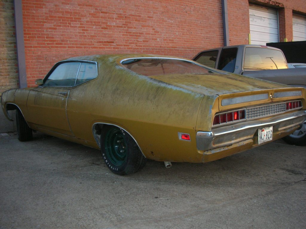Average condition 1970 Ford Torino project