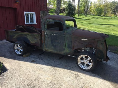 Little rust 1937 Chevrolet Pickups project for sale