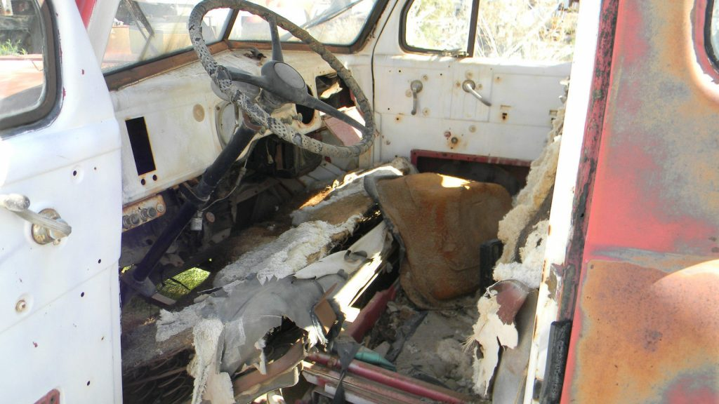 Straight body 1948 Dodge Ram 1500 poject