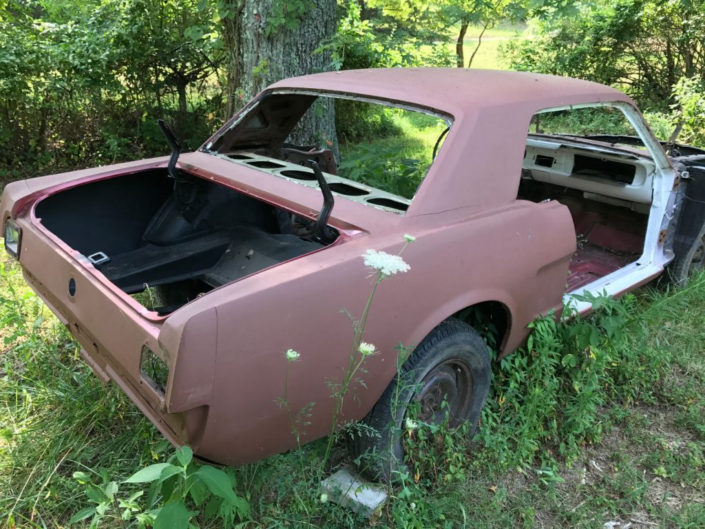L6 engine 1965 Ford Mustang Pony Interior project
