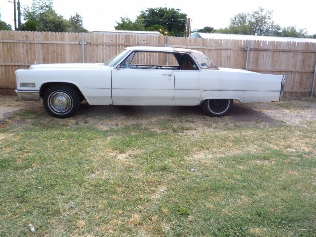 Needs little TLC 1966 Cadillac DeVille project