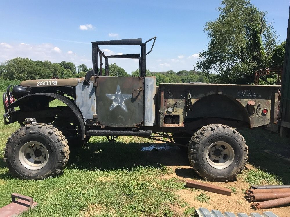 Solid truck 1954 Dodge Power Wagon project