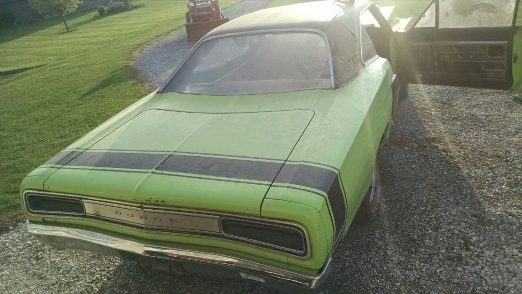 barn find 1970 Dodge Coronet RT clone project