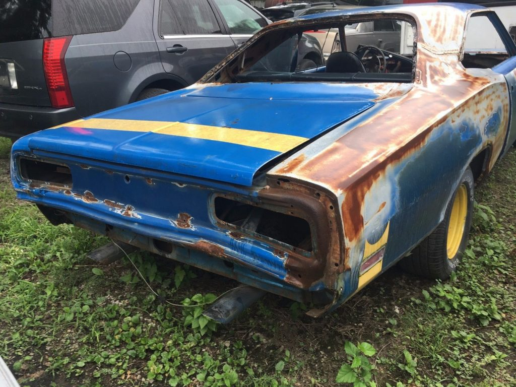 minimal rust 1970 Dodge Coronet project