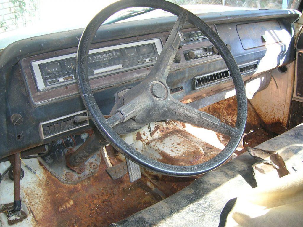 not original engine 1970 Dodge Adventurer D100 project
