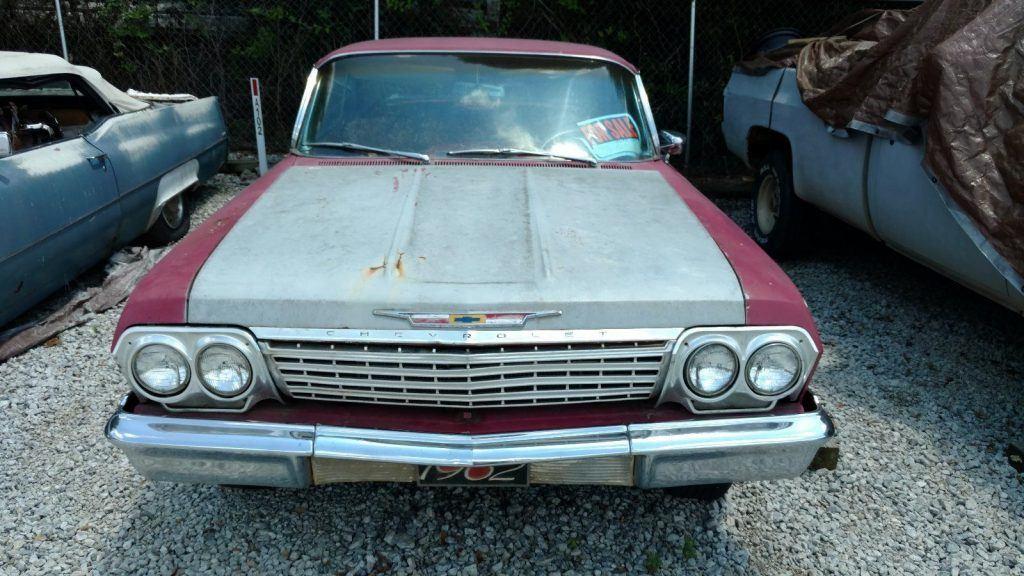 decent body 1962 Chevrolet Impala project