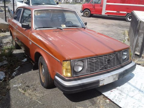 easy restoration 1979 Volvo 240 project for sale
