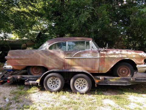 locked engine 1956 Pontiac Catalina project for sale