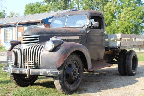 solid 1946 Chevrolet 1 1/2 Ton Stake Truck project for sale