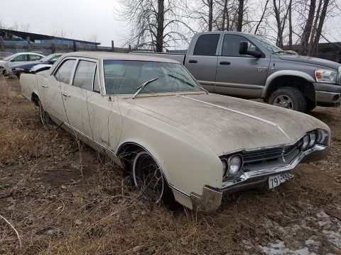 great base 1966 Oldsmobile Eighty Eight project for sale