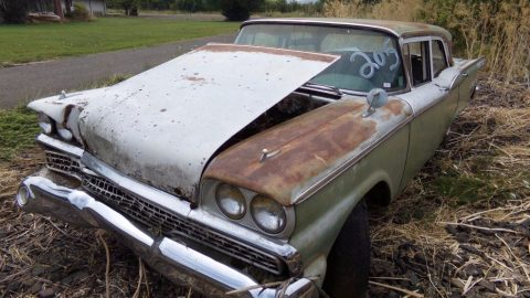 save this one from crusher 1959 Ford Custom project for sale