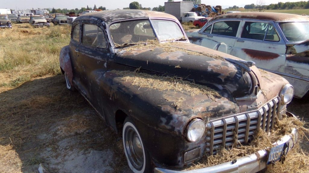 very solid 1947 Dodge 2 DOOR Coupe project