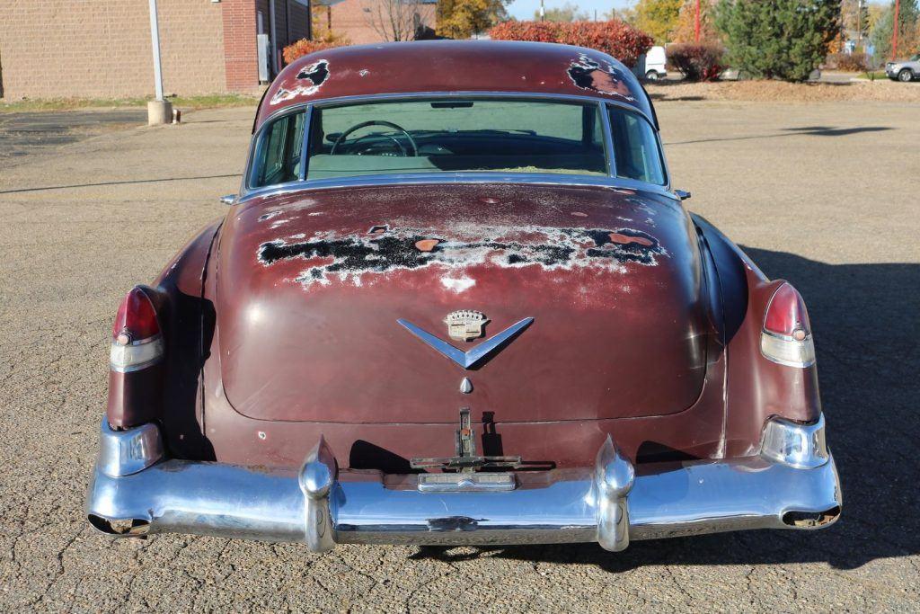 barn find after 20 yrs 1952 Cadillac Series 62 sedan rust free project