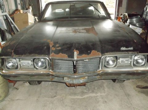 good frame 1968 Oldsmobile Cutlass S project for sale