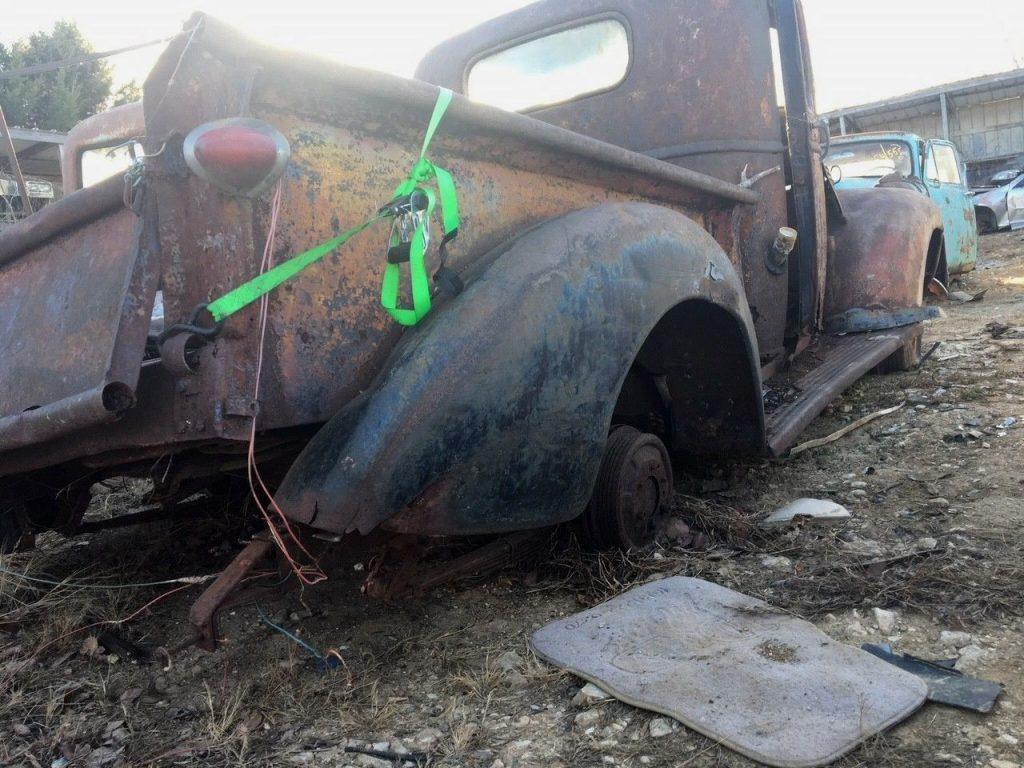 needs restoration 1941 Chevrolet Pickups Split Front windshield project