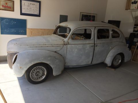 little rust 1939 Ford Fordor Deluxe hot rod project for sale