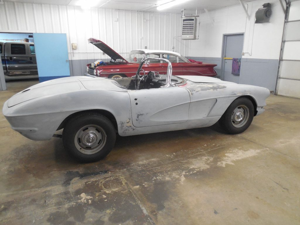 garage find 1962 Chevrolet Corvette project