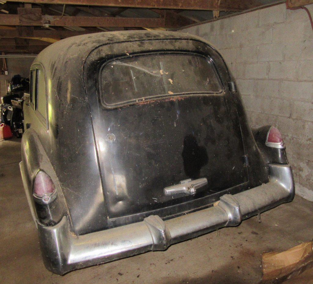 needs restoration 1949 Cadillac S&S hearse project