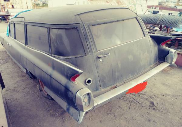 needs work 1962 Cadillac Miller Meteor hearse project