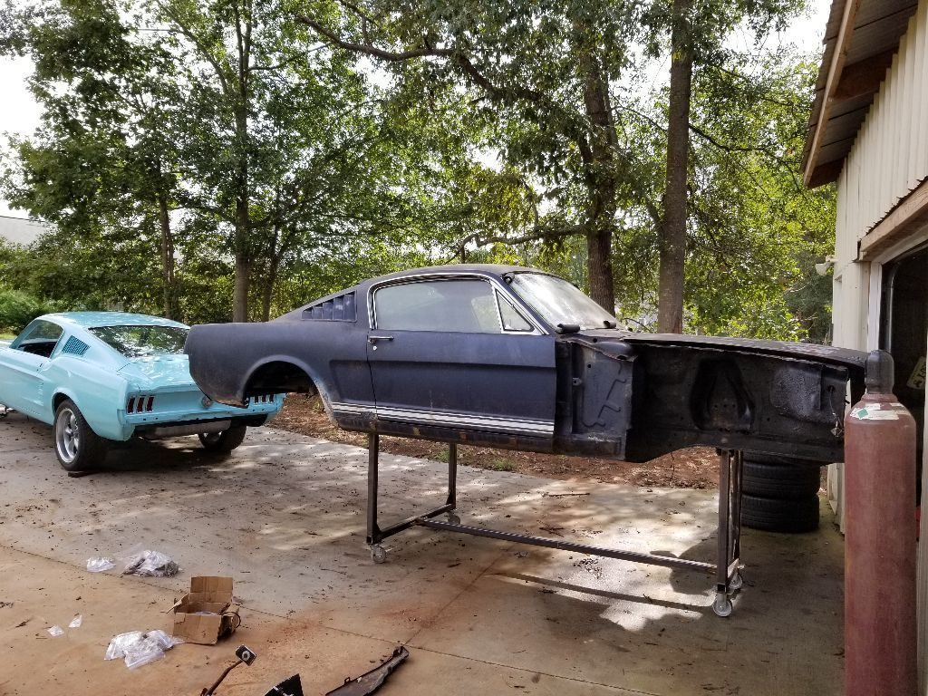 many parts 1965 Ford Mustang Fastback 289 4BBL 4SPD project