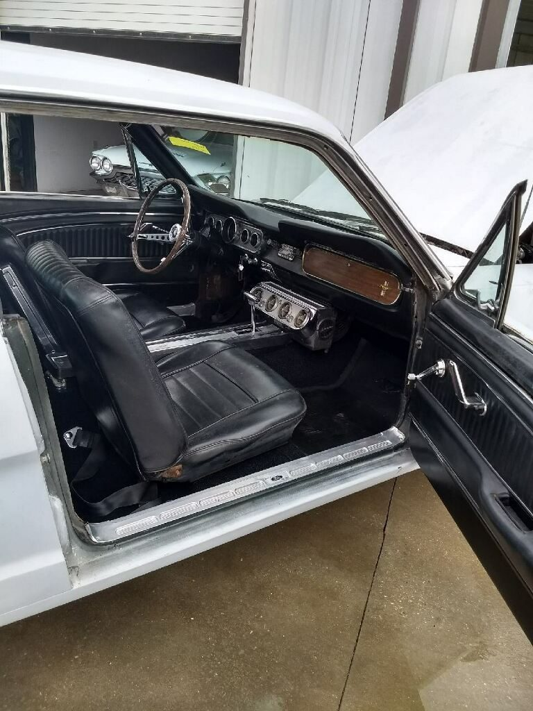 starts and runs 1966 Ford Mustang project