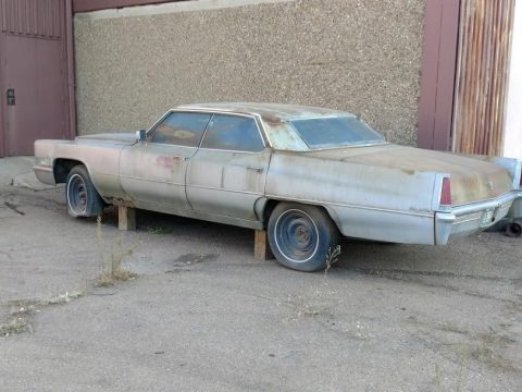 solid 1969 Cadillac Deville Sedan project for sale