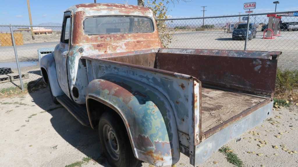clean sheetmetal 1955 Ford F 100 Project