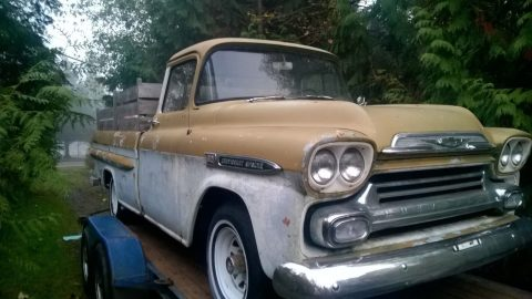 easy restoration 1959 Chevrolet Pickup project for sale