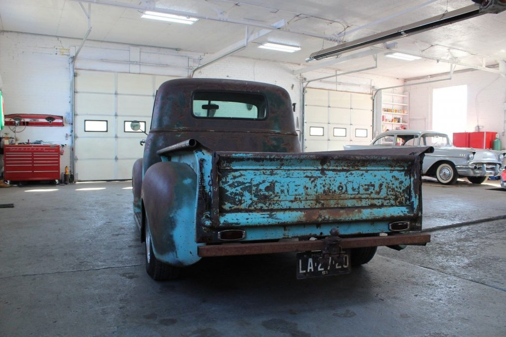 lowered 1950 Chevrolet Pickup project