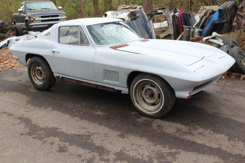 pretty complete 1967 Chevrolet Corvette Coupe Project for sale