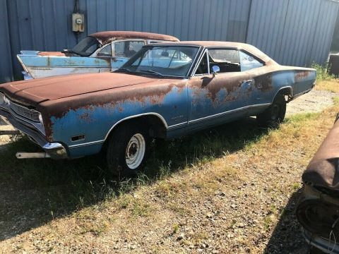 rusty 1969 Dodge Coronet project for sale
