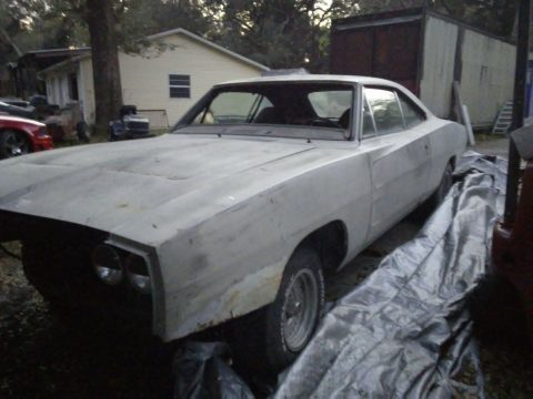 solid 1970 Dodge Charger 500 project for sale