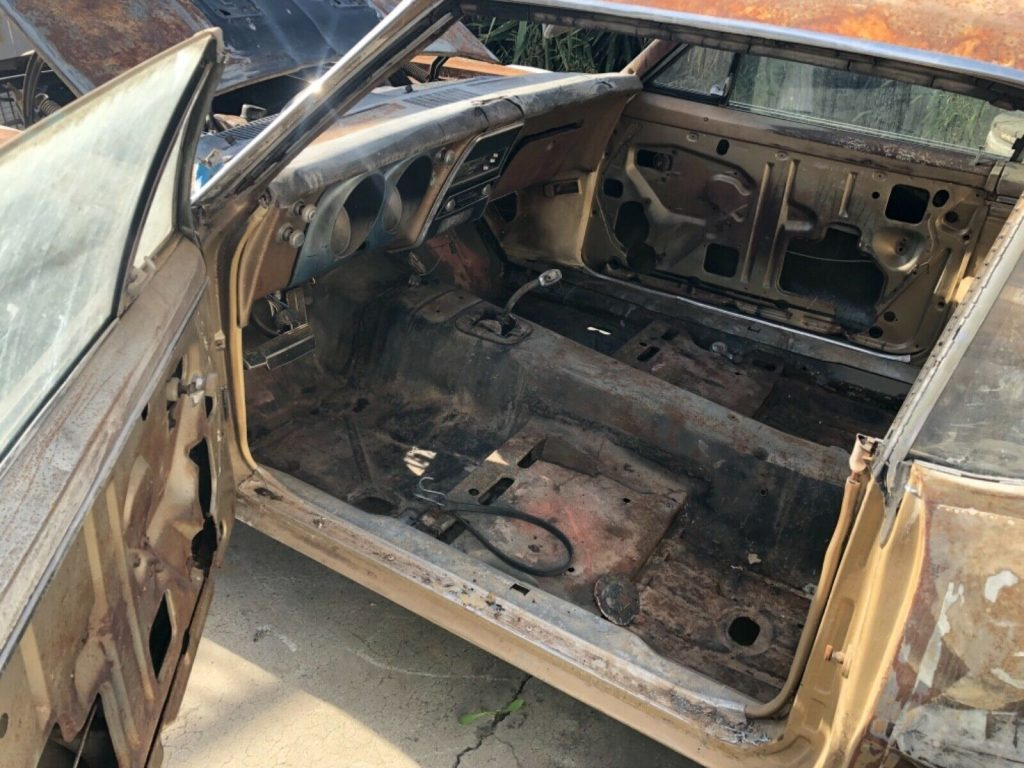 Needs full restoration 1967 Chevrolet Camaro RS project