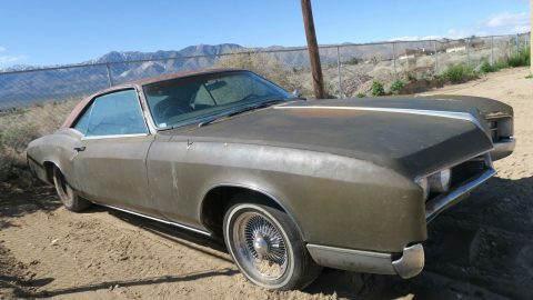 solid 1967 Buick Riviera Project for sale