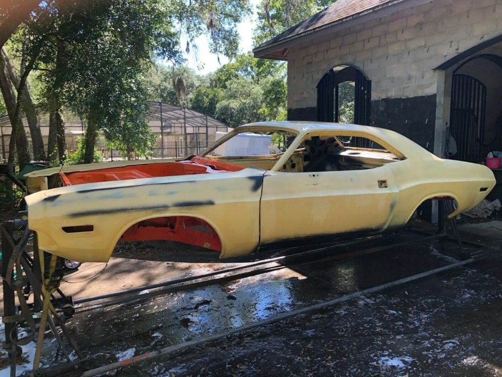 340 6 pack Restomod 1970 Dodge Challenger Project