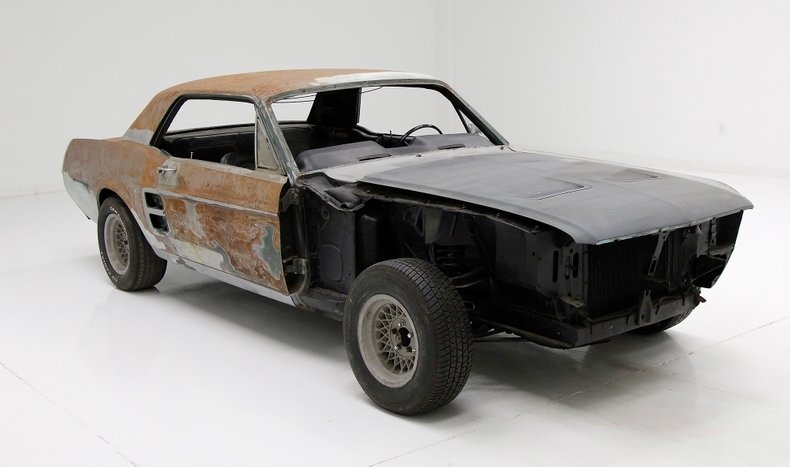 barn find 1967 Ford Mustang Coupe project