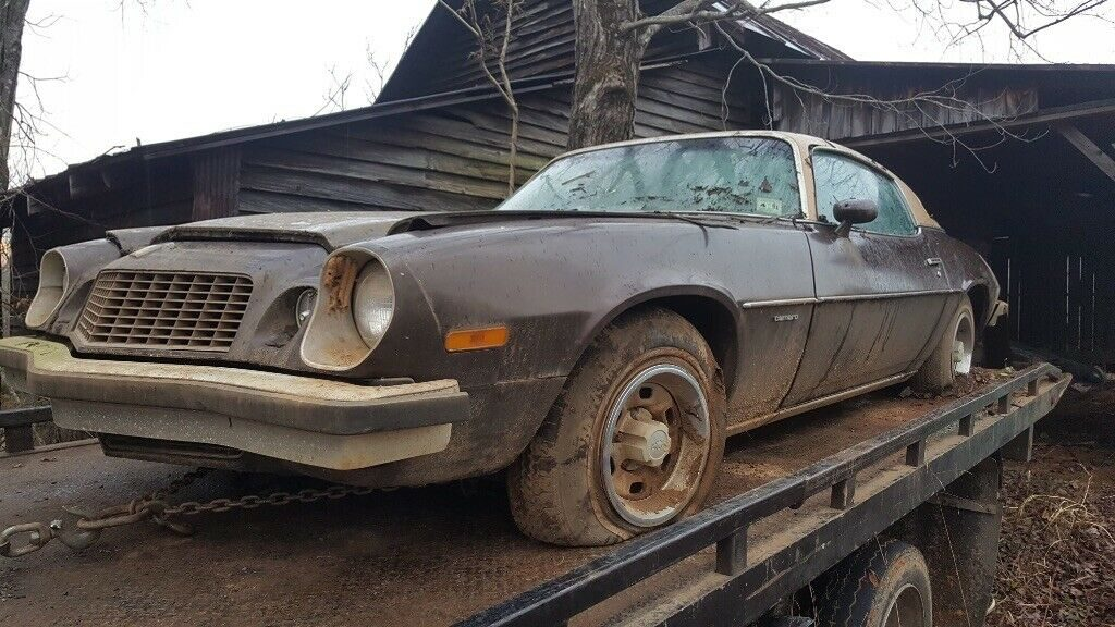 barn find 1975 Chevrolet Camaro project