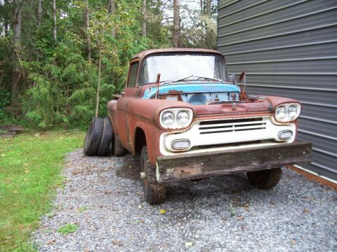 rusty 1959 Chevrolet Pickup project for sale