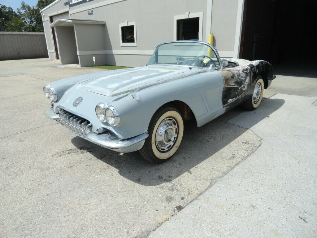 Very solid 1960 Chevrolet Corvette project